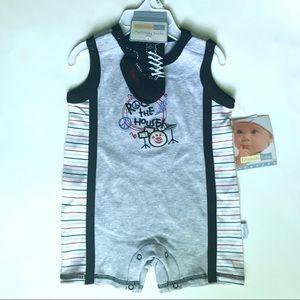 Vitamins Baby Onesie Set - Size 9M